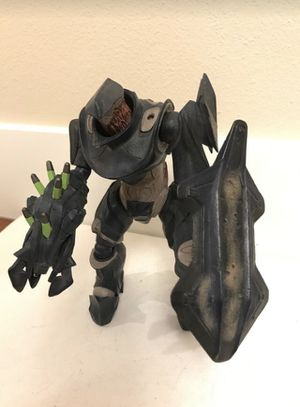 """2009 MCFARLANE TOYS HALO 3 HUNTER DELUXE ACTION FIGURE 9"""" tall Rare Halo Famous for Sale in Kirkland, WA"""