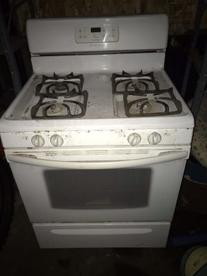 Frigidaire gas stove for Sale in Portland, OR