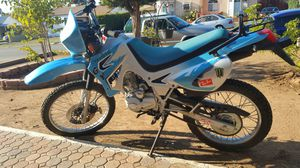 200cc Enduro motorcycle for Sale in San Diego, CA