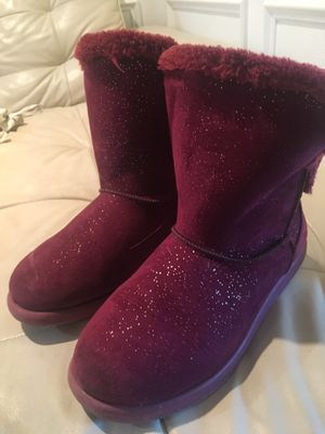 Girls boots size 4 for Sale in Redmond, WA