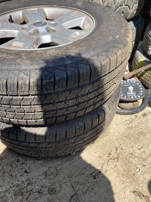 2 tires 235/70/16 for Sale in Waterbury, CT