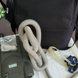 RESPIRONICS REMSTAR CPAP MACHINE WITH MASK WORKING PERFECTLY for Sale in Miami, FL