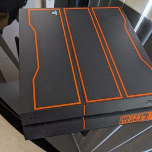 Ps4 Black Ops 3 Edition for Sale in Miami, FL