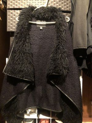 Forever 21 fur vest. Plus size 2x-3x for Sale in Gardena, CA