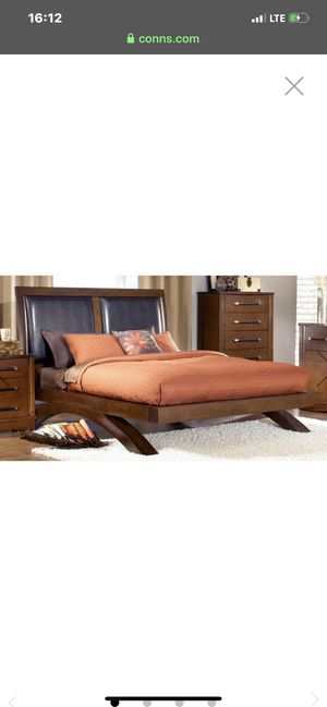 Platform bed frame for Sale in Phoenix, AZ
