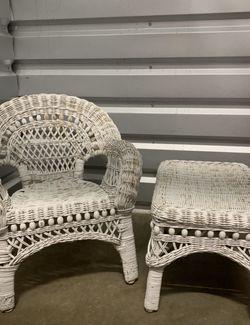 Miniature Wicker Chair Set for Sale in Portland,  OR