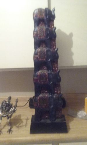 5 stack elephant in good condition 30 bucks for Sale in Las Vegas, NV