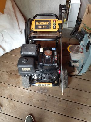 Dewalt pressure washer for Sale in Seattle, WA