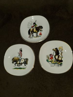 Vintage Norman Thelwell Plates for Sale in Sarasota, FL