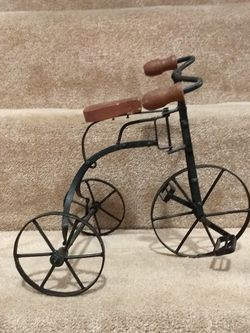 Decorative Vintage Bicycle, Wood/Metal Home Decor for Sale in Silver Spring,  MD