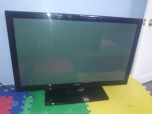 42in TV for Sale in St. Louis, MO