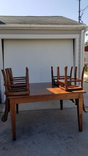Large solid wood table for Sale in Lemon Grove, CA