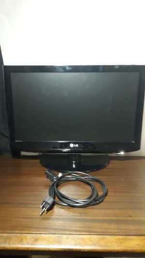 "19"" LG TV for Sale in Vermillion, SD"