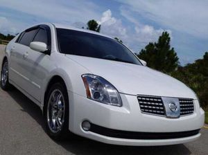 Very nice and very fast car Nissan Maxima 04 for Sale in Philadelphia, PA