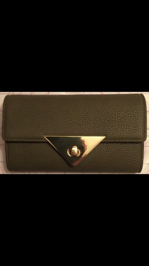 Like new wallet for Sale in Greenwood, IN