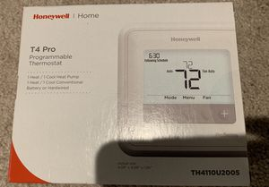 Honeywell T4 pro programmable thermostat for Sale in Norfolk, VA
