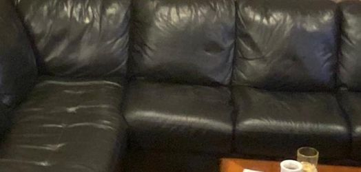 Leather Couch for Sale in Bothell,  WA