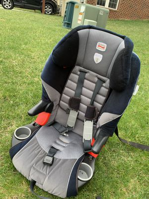 Car seat (booster) for Sale in Frederick, MD
