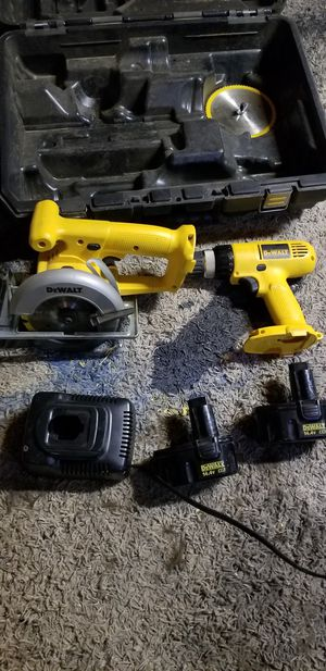 Comes with case for Sale in Hesperia, CA