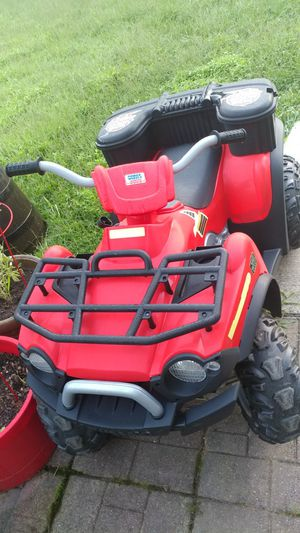Nice power wheels kids ride for Sale in Gambrills, MD