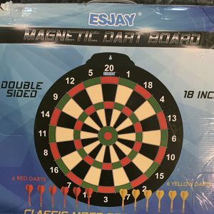 Magnetic 🎯 Darts Board for Sale in Paradise, NV