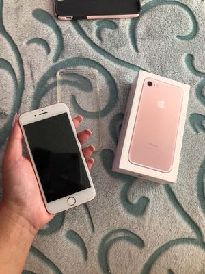 iphone 7 rose gold at&t 128 gb for Sale in San Pablo, CA