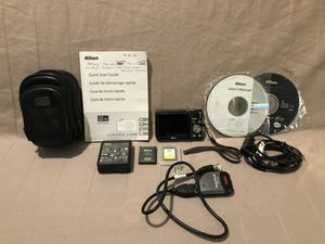 Like new condition Nikon CoolPix digital camera with memory card for Sale in Vacaville, CA