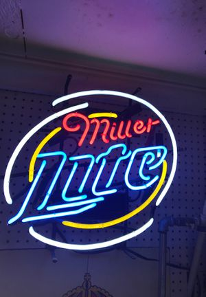 Miller lite neon light sign for Sale in Ontario, CA