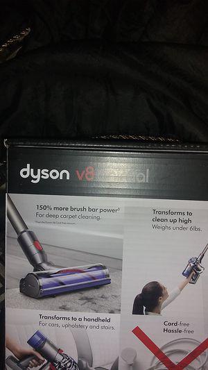Dyson V8 for Sale in Burien, WA