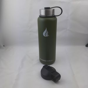 Hydro cell food grade stainless steel water bottle like hydro flask or yeti tumbler. Purple for Sale in San Bernardino, CA