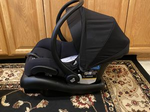 Maxi cosi car seat with base for Sale in Tracy, CA
