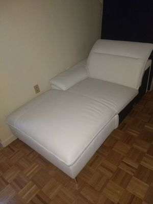 White NEW Italian leather couch. for Sale in New York, NY