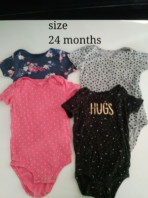 Toddler girl clothes bundle for Sale in Fresno, CA
