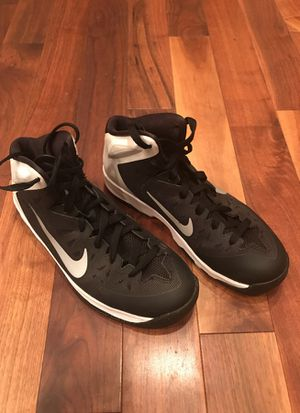 Nike youth size 7, basketball or everyday shoe for Sale in Gig Harbor, WA