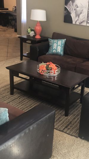 Coffee and end table set for Sale in Lake Elsinore, CA