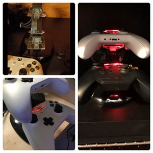 Xbox One Dual Light-up Charging Tower for Sale in Tucson, AZ