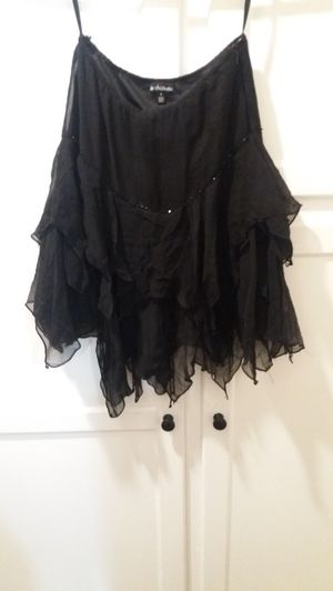 FREE Le Chateau black skirt for Sale in Los Angeles, CA