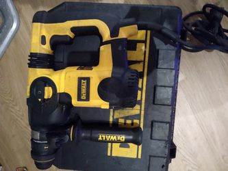 Dewalt Electric Jack Hammer Drill for Sale in Los Angeles,  CA