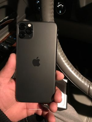 IPhone 11 Pro for Sale in Clovis, CA