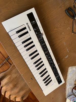 Yamaha reface CS for Sale in Brentwood, MO