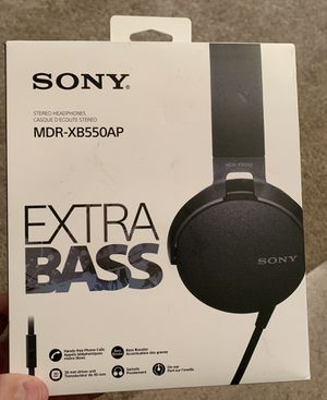 Sony Stereo Extra Bass Headphones with Microphone for Sale in Irving, TX