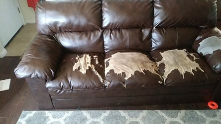 Free Couch for Sale in Bountiful,  UT