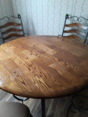 Kitchen table for Sale in Haysville, KS