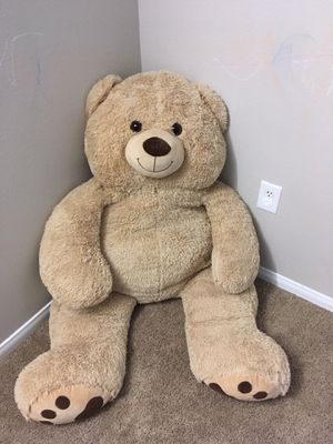 Big teddy bear for Sale in Santa Clara, CA