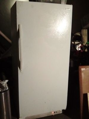 Kenmore stand-up freezer for Sale in Fresno, CA