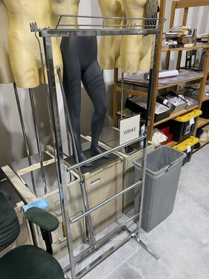 Wrapping and packing rack for Sale in MAGNOLIA SQUARE, FL