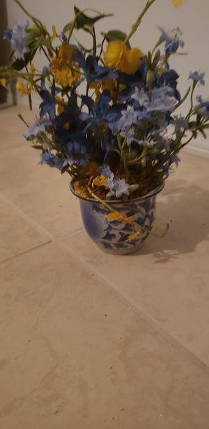 Flower pot for Sale in St. Cloud, FL
