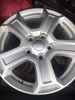 Im selling wheels 5 pcs $400 cash + pickup wheels size 17 for Jeep for Sale in Falls Church,  VA