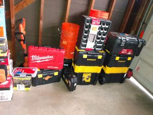 Tool boxes and tool cases for Sale in Manteca, CA