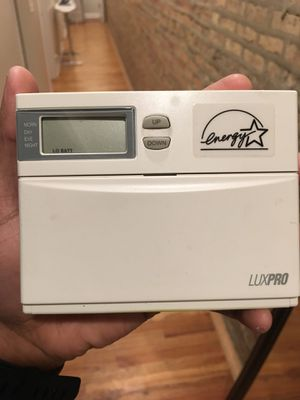 luxpro psp511 thermostat for Sale in Chicago, IL